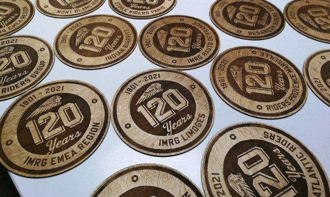logo en bois gravure au laser